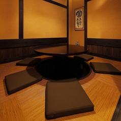 2階のお座敷個室。最大7名様まで利用可能。お顔を合わせて美味しい料理に舌鼓♪