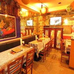 プージャ インディアンレストラン PUJA INDIANRESTRANTの雰囲気1