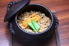 新鮮魚介と浅利の土鍋めし