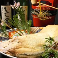 天然鯛の塩釜焼き!豪快で華やかな一品。
