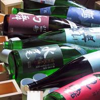 厳選されたこだわりの信州地酒を種類豊富にご用意。
