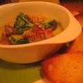 料理メニュー写真砂肝のオイル煮(バケット付)