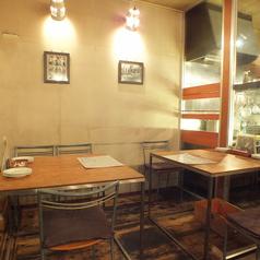 木造りの暖かい店内はプライベートにも宴会にもお勧めの空間です