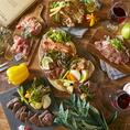 肉バルだからできる!牛・豚・鶏・馬など様々なお肉が一度に食べられる!?
