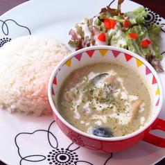 料理メニュー写真タイ風豆乳グリーンカレー