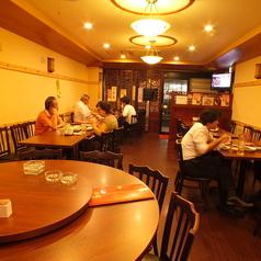 香港菜館の雰囲気1