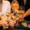 ~ゴシップの雰囲気~名物のシャンパンで乾杯♪