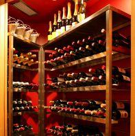 種類も豊富♪ワイン貯蔵庫