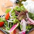 料理メニュー写真鎌倉野菜とじゃこの和風サラダ Sサイズ