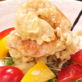 料理メニュー写真大きな海老のマヨソース和え