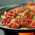 料理メニュー写真赤の激辛か白の鶏白湯か Lサイズ360g/Sサイズ180g ※タレの追加は出来ません。