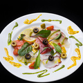 料理メニュー写真彩り鮮魚のカルパッチョ
