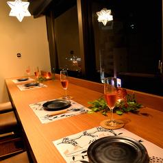 夜景を見ながらディナーは大人のデートにおすすめ◎