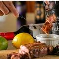 料理メニュー写真アンガスプライムビーフの肉汁じゅわっとステーキ 150g 300g