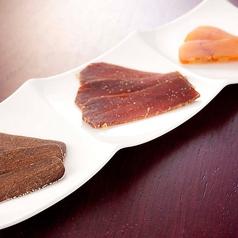 料理メニュー写真スペイン産カラスミの三種盛り合わせ