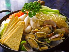 韓国料理テナムの特集写真