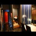 モニター、ドア付きの完全個室(6席×1卓)