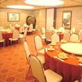 お気軽にホール席でお食事を・・・グループでのご来店大歓迎です!お仕事帰りやお出かけ帰りにお立ち寄りください。