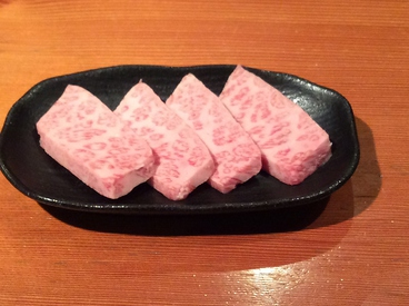 炭火焼肉バイキング べこ家のおすすめ料理1