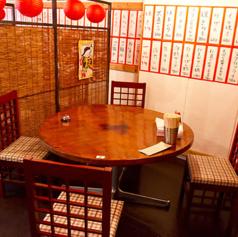 4名席のテーブルは様々なシーンにお使い頂けます♪