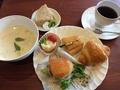 料理メニュー写真Aランチ パンとスープ