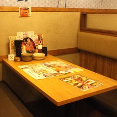 少人数様向けのお席もあり◎会社帰りにお食事をリーズナブルに美味しくお楽しみ下さい。※写真は系列店