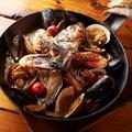 料理メニュー写真豪快!漁師の石窯焼きアクアパッツァ