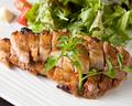 料理メニュー写真糸島豚ロースステーキ 秘伝のタレで