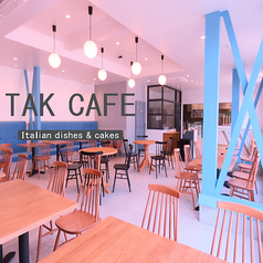 TAKCAFE italian dishes and cakes