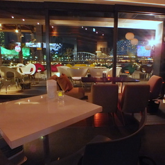 REAL DINING CAFE ハーバーランド店の写真