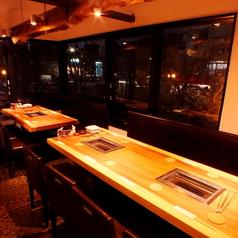 焼肉ダイニング 花衣苑 多摩センター店の雰囲気1