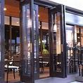 ◆テラス席◆テラス席のガラス扉は開閉可能です。また暖房設備もあるので寒い日や雨の日など、いつでも快適に過ごせます。お一人様でのラインにも◎アフタヌーンティー・ディナー専門店に変わりました!