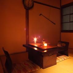【ランプの部屋演出】仕切りで区切って2名様でもご利用いただけます。昭和初期にタイムスリップできるかも!?