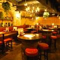 イタリアンバル ワインと泡の店 33 船橋店の雰囲気1