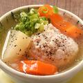 料理メニュー写真■大きなつくねが入った鶏白湯煮込み