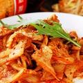料理メニュー写真厳選ハーブ豚とオーガニック野菜炒め