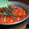 料理メニュー写真ミニイクラ丼