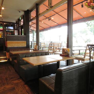 ファイブ フィート カフェ five feet cafesの雰囲気1
