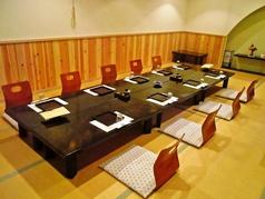 個室は4名用、6名用、8名用、20名用、50名用までございます!大人数でのお食事、宴会、ご法要にぜひご利用ください。