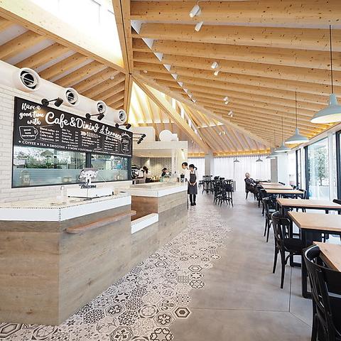LOLO giardino cafe (ロロ ジャルディーノ カフェ)