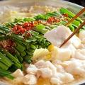 料理メニュー写真白のもつ鍋/しょうゆもつ鍋