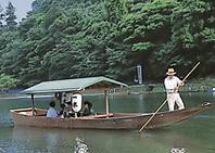 屋形船で過ごす贅沢な時間