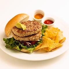 料理メニュー写真ダブルアンカーズハンバーガー(110g×2)