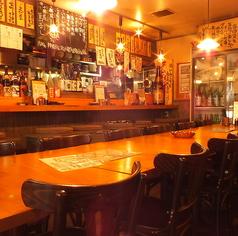 下町風レトロ酒場。ついつい長居しちゃいます。