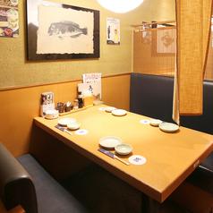 ご家族・ご友人とのごお食事など、シーンを選ばずご利用いただけるテーブル席ございます!