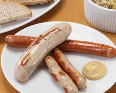 料理メニュー写真ドイツソーセージ「3種盛り合わせ」