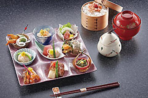 料理を通して、上質な素材の持つ深い味わいをご堪能ください。忘新年会ご予約承り中