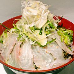 やまちゃんの味付き海鮮まかない丼