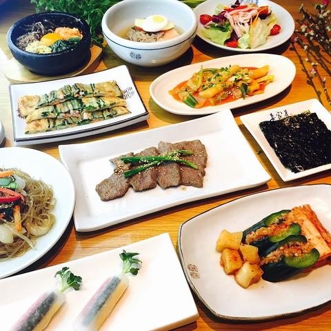 本場韓国の料理長による、こだわりの味を再現!唐辛子や食材は韓国から仕入れる物も!