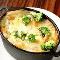 料理メニュー写真とろ~りチーズのポークグラタン